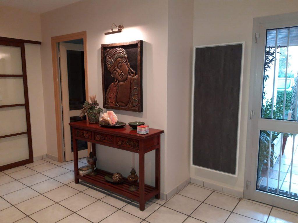 radiateur electrique a inertie decoratif design eternity, 2400w, vertical, couleur anthracite, 155x60cm, hall d'entrée maison